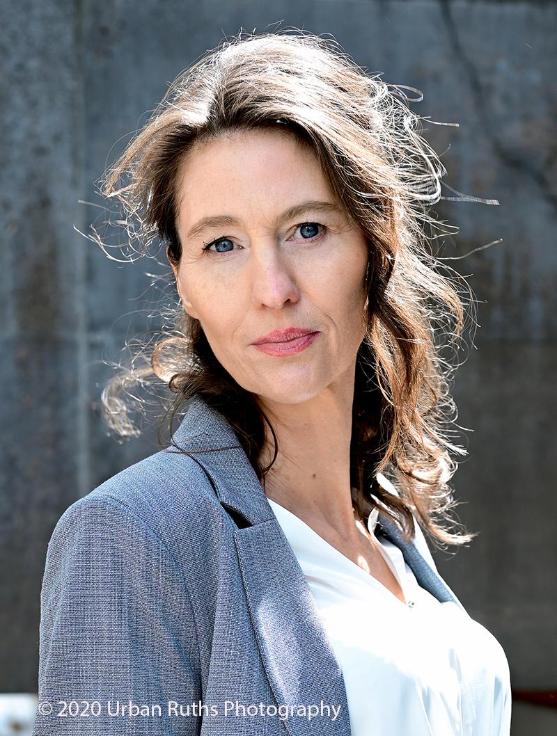 Corinna Bergmann Business Look